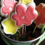 flower cookies in cup