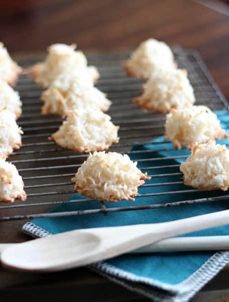 passover easy coconut macaroon recipe