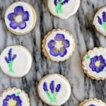 purple flower cookies