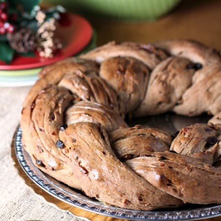 Raisin and Nut Wreath Bread #TwelveLoaves