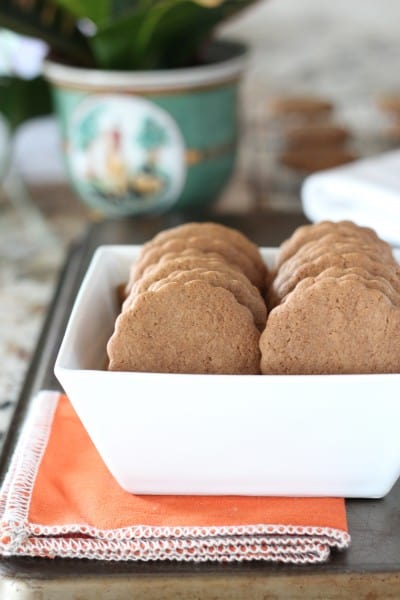 pepparkakor Swedish ginger cookies stacked in a white bowl