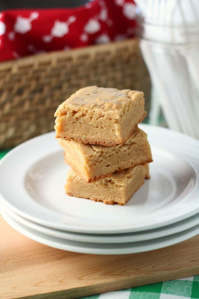 Blondies dessert in a stack of three on white plates