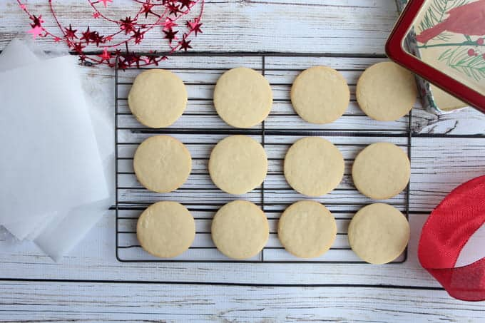 Plain sugar cookies on a wire cooling rack