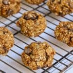 Breakfast cookies with granola, peanut powder and dates