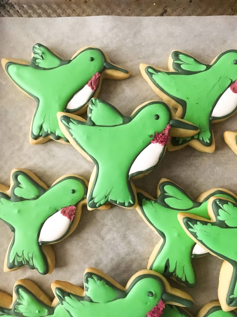 pretty decorated hummingbird cookies