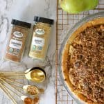 Pear Pie with ginger and cinnamon