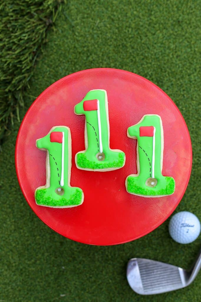 Celebrate a hole in one with golf cookies!