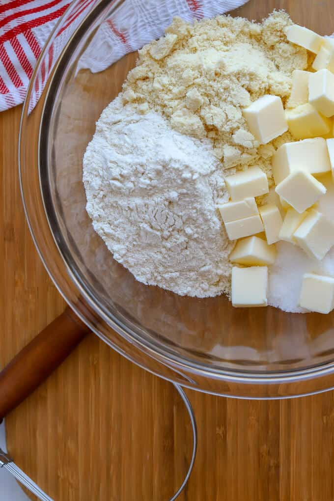 Dry ingredient of almond flour, brown rice flour and butter for apple crumble