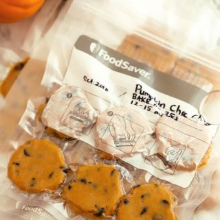 How to Freeze Cookie Dough with the Foodsaver