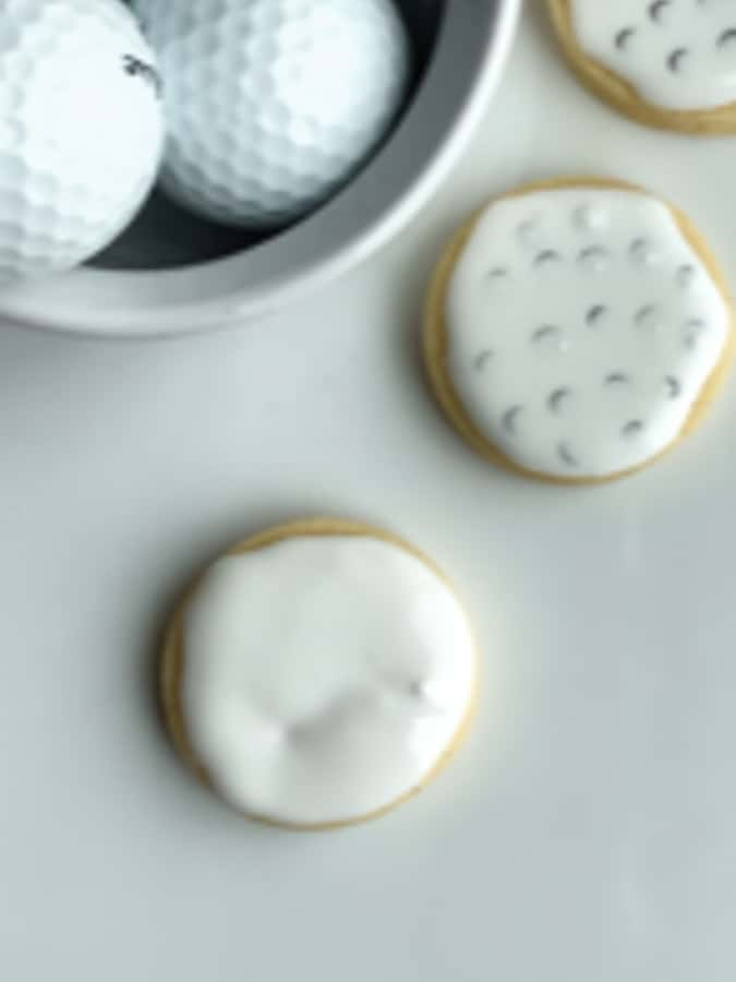 circle cookies in white royal icing